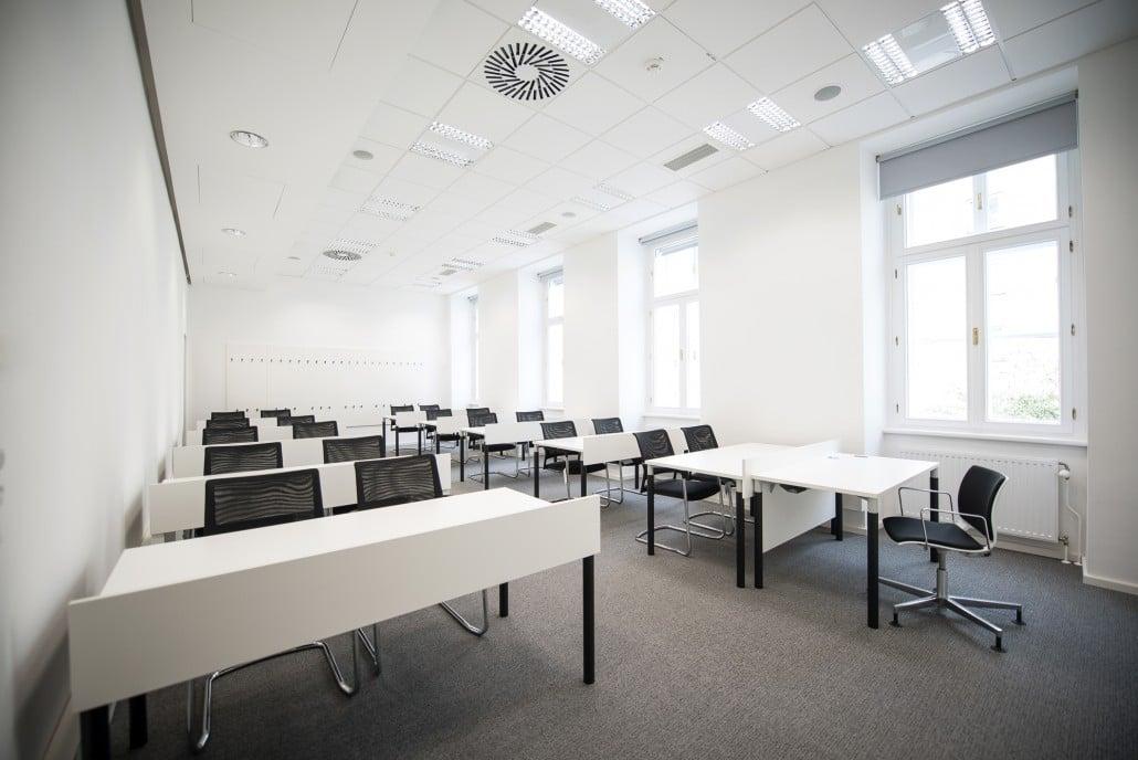 hali Büromöbel, Büroarbeitstisch, Tischsystem, s110, Rundfuß, höhenverstellbar, Melaminplatte, Schreibtisch, flexibel, Beinfreiheit, arbeiten, Büro, Office, Start up, günstig, preiswert, Unternehmensgründung, kombinierbar