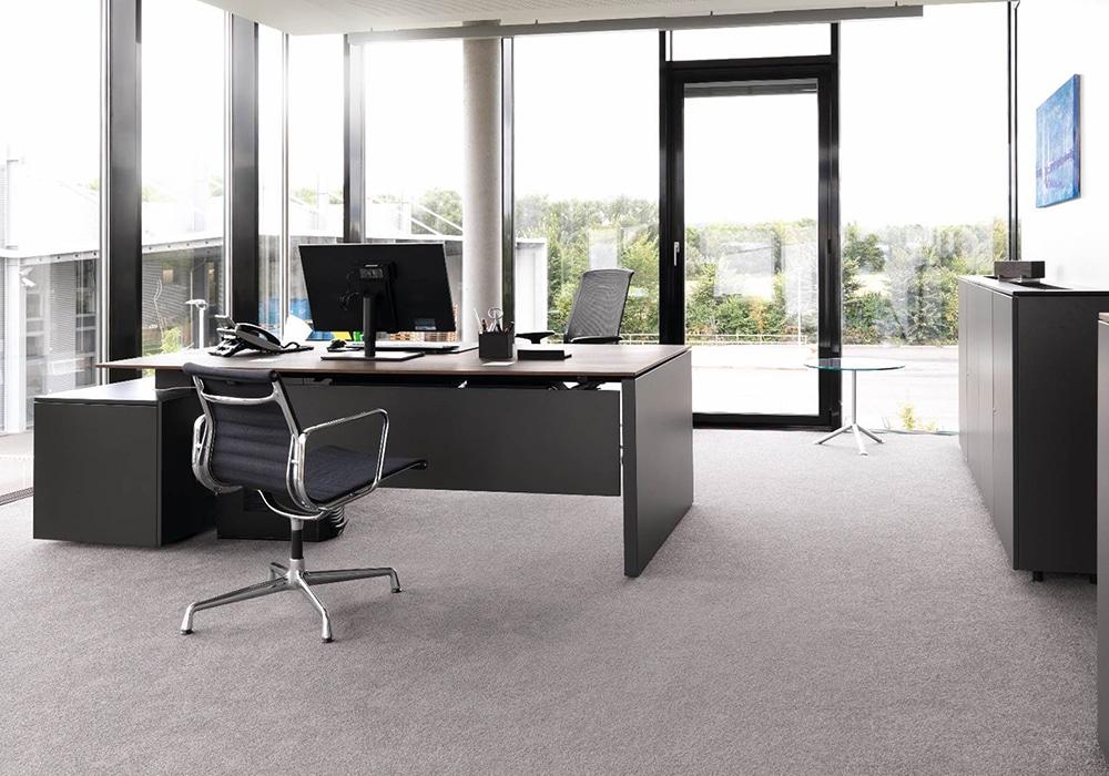direction-m, Schreibtisch, Büroarbeitstisch, Management, hochwertig, Qualität, Führungsposition, Design, zeitlos, highclass, Stauraum, Anbaucontainer