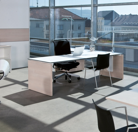 hali Büromöbel, s550, Rechtecktisch, Schreibtisch, Büroarbeitstisch, arbeiten, Büro, Office, Tisch, box, Schiebetürenschrank