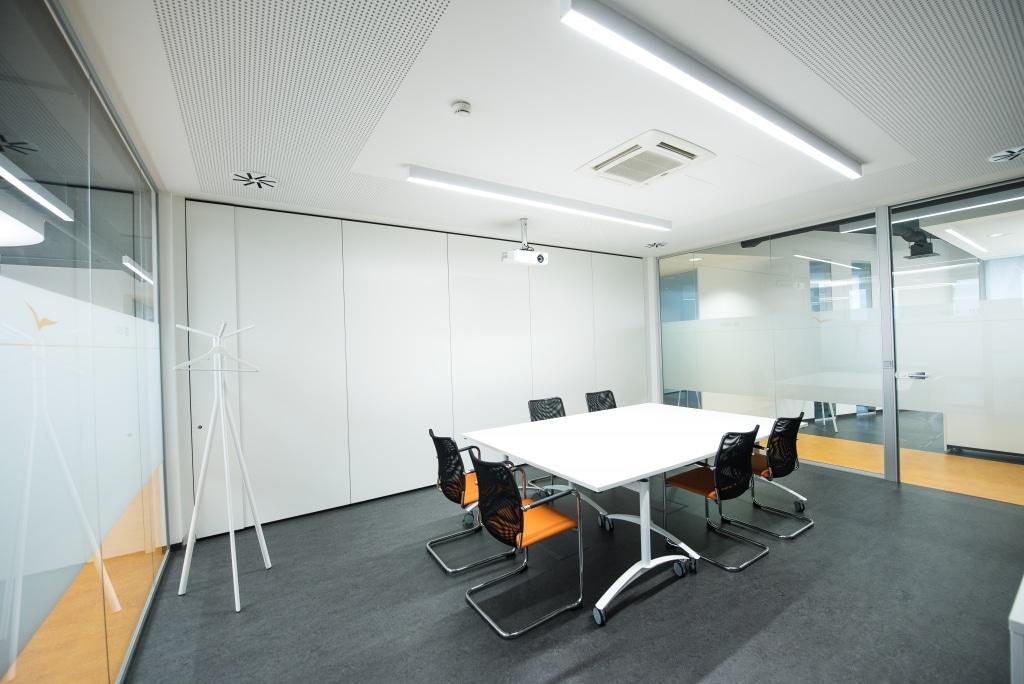 Meetingbereich, Treffpunkt, Bürolösung